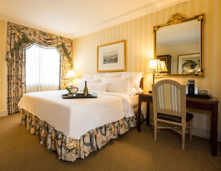 Hotel Monteleone Hotel Room: Preferred King