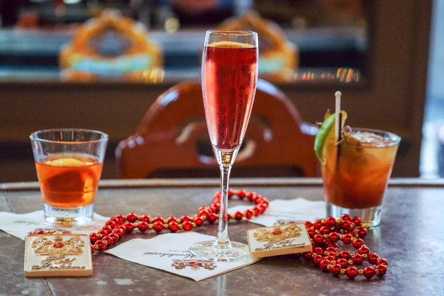 Sip a traditional New Orleans cocktail while you listen to live music at the Carousel Bar.
