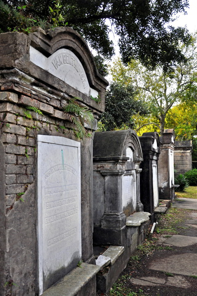 Lafayette Cemetery No. 1 can be found in the historic Garden Distric of New Orleans. (Photo via Jennifer Boyer on Flickr)