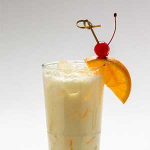 A nod to New Orleans' Caribbean roots, this rum-based cocktail is a French Quarter classic. And the Carousel Bar's hand-shaken technique adds a special touch.